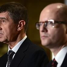 Předseda hnutí ANO Andrej Babiš (vlevo) a předseda ČSSD Bohuslav Sobotka.
