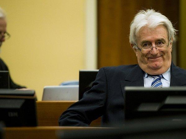 Radovan Karadžić u soudu v Haagu