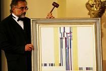 Za rekordní sumu 22 100 000 korun byl vydražen obraz českého malíře Františka Kupky Élévation IV na aukci výtvarného umění, která se konala v pražském Paláci Žofín.