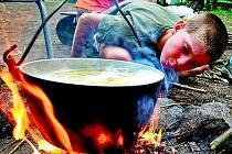 Na táboře děti dělají spoustu činností, s kterými se doma nesetkají. Drobné úrazy proto nejsou výjimkou.