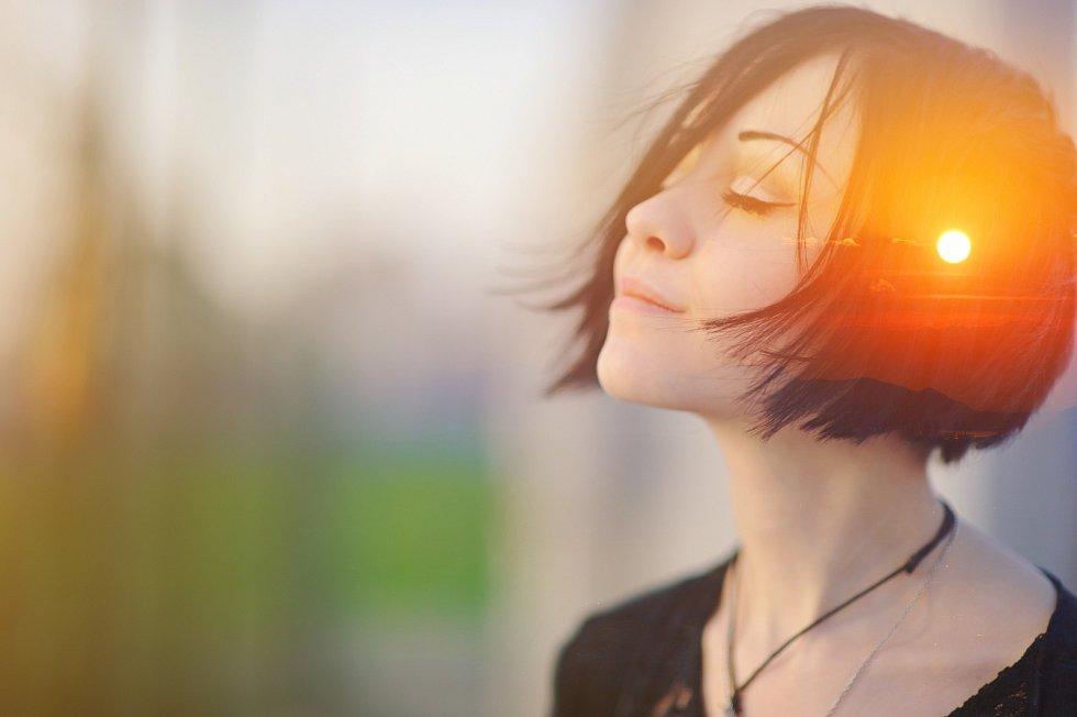 Kdo vnímá své vlastní pocity, dělá, co ho baví, a ví, kam směřuje, je právě tím, kdo v různých životních situacích často vítězí.