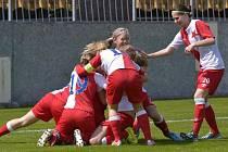 Fotbalistky Slavie slaví výhru
