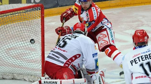 Kadlec tímto gólem překonal Vojtka a srovnal stav utkání na 1:1, ale na samostatné nájezdy Pražané s Třincem prohráli.