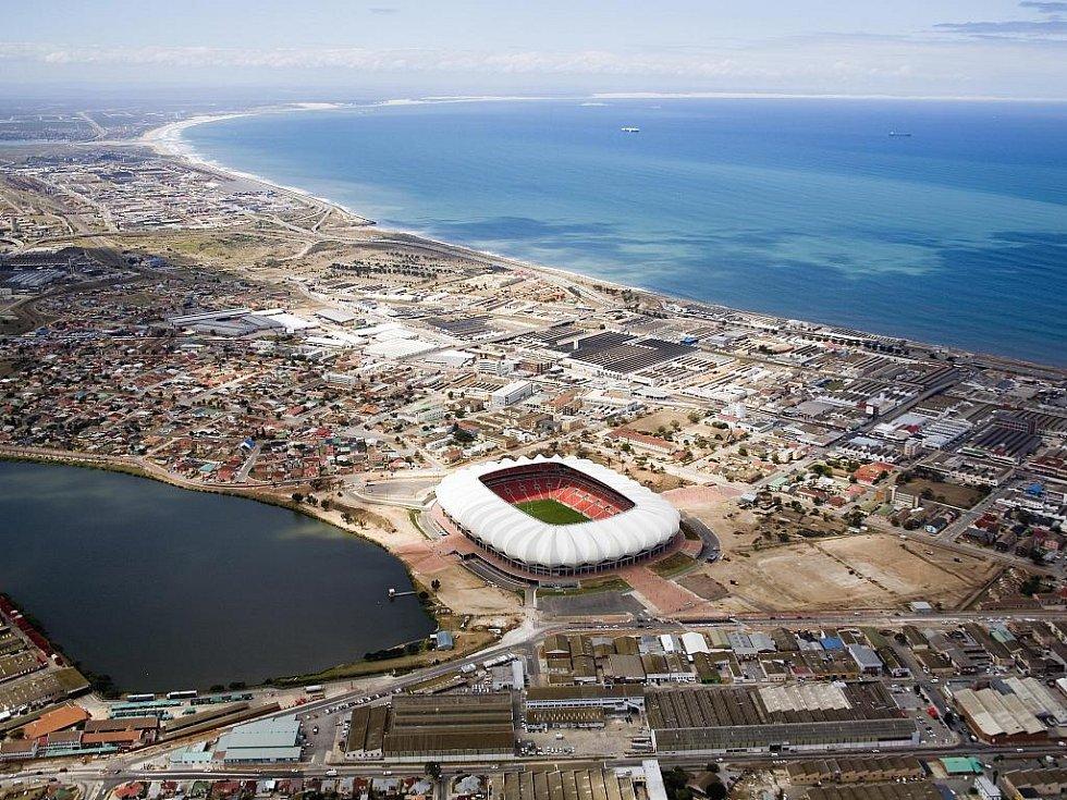 Port Elizabeth Stadium - Nelson Mandela Bay. Kapacita: 46.082.