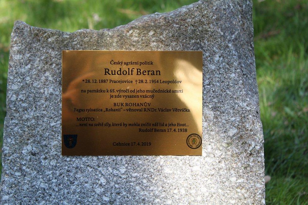 Vzpomínka na politika Rudolfa Berana v Cehnicích