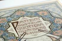 Uměleckoprůmyslové muzeum představilo soubor děl Alfonse Muchy, které muzeu věnovala Věra Neumannová, mecenáška umění žijící ve Švýcarsku.