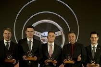 Vyhlášení ankety Zlatý volat (zleva): Mikka Häkkinen, Jan Kopecký, Adam Lacko, Vladimír Vitver a Adam Kout.