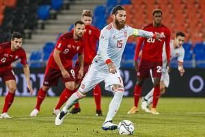 Sergio Ramos a jeho penaltový rozeběh při utkání se Švýcarskem