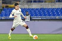 Riccardo Calafiori v utkání s Ajaxem