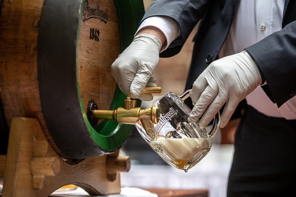 Slavnostní otevření zahrádky restaurace U Pinkasů proběhlo 11. května v Praze.