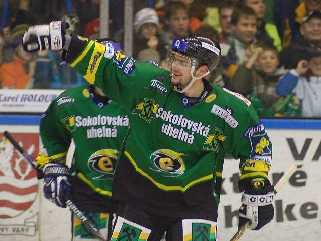 Karlovy Vary slaví, postoupily do semifinále extraligy.
