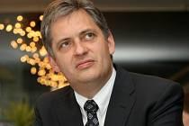 Prezidentský kandidát sociální demokracie Jiří Dienstbier.