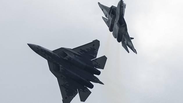 Nová ruská stíhačka Suchoj Su-57.
