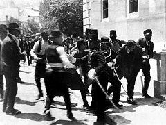 Zatčení Gavrila Principa.