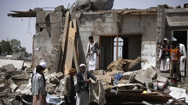 Bombardování v Jemenu