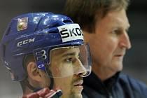 Tomáš Plekanec (vlevo) a trenér reprezentace Alois Hadamczik.