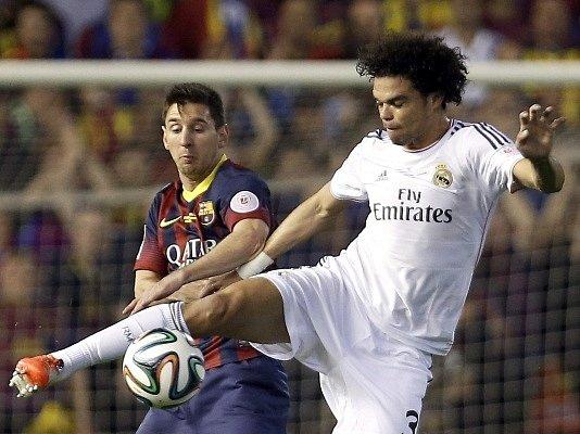Barcelona - Real Madrid: Lionel Messi vs. Pepe