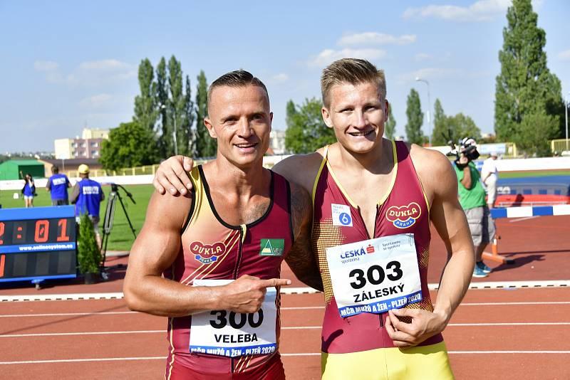 Dominik Záleský se svým trenérem a zároveň soupeřem Janem Velebou.
