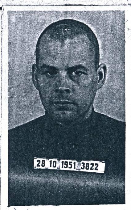 Jiří Navrátil na vězeňské fotografii