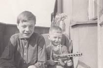 René a Jiří Matouškovi na konci 60. let 20. století