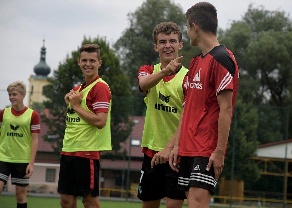Z fotbalového tréninku v klubu SK Petřín Plzeň.