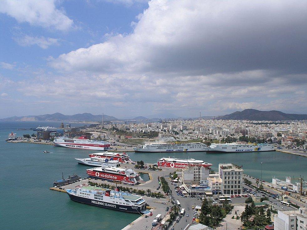 Loď měla namířeno do Pirea, kam už nikdy nedoplula