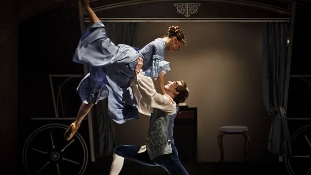 Generální zkouška baletu Valmont. Choreografie na motivy slavného románu Choderlose de Laclos Nebezpečné známosti bude mít na scéně Stavovského divadla premiéru 26. června.