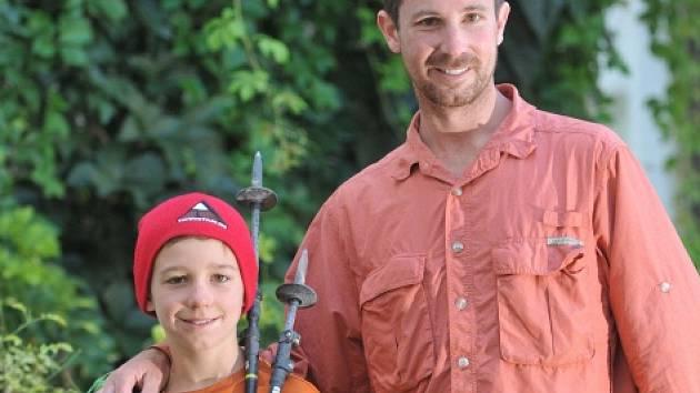 Tyler Armstrong se svým otcem.