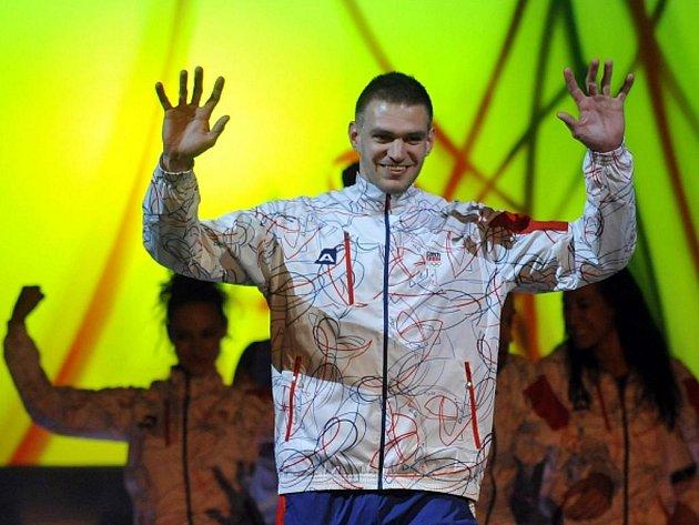 Novou kolekci oblečení pro OH v Londýně předvedl i skifař Ondřej Synek.