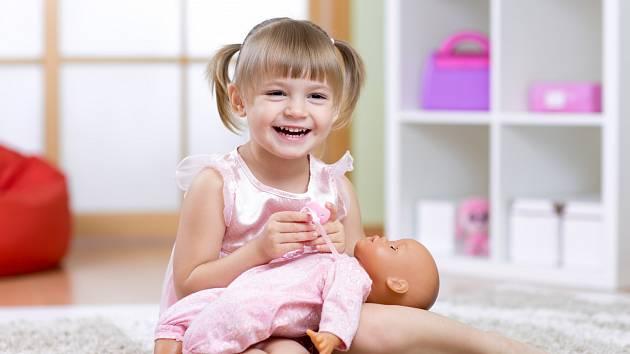 Dohlížejte na své dítě, aby bylo v zdravé a v bezpečí.