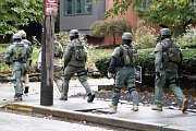 Při střelbě u americké synagogy zahynulo jedenáct lidí