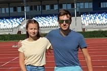 Klára a Vít Hlaváčovi si z atletických disciplín vybrali chůzi. K tomu ještě oba běhají stýpl