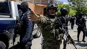 Mexická vláda rozpustila policii v Acapulcu. Bezpečnost zajistí armáda