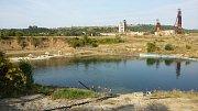 Solná jezera Solotvino vznikla propadem půdy poddolovaného podloží a následným zaplavením vodou.