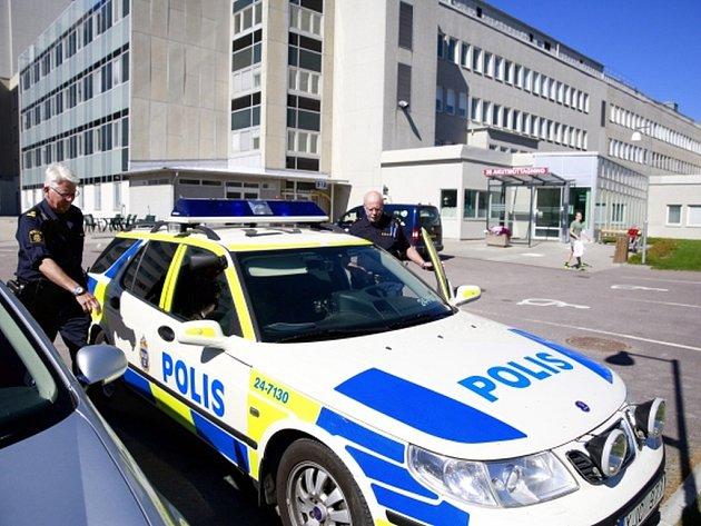 Šestatřicetiletý Eritrejec se přiznal k ubodání dvou lidí v obchodním domě IKEA ve švédském městě Västeraas.