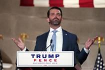 Donald Trump mladší mluví na republikánském nominačním sjezdu 24. srpna 2020