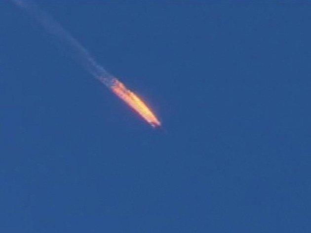 Turecká armáda na hranici se Sýrií sestřelila ruské vojenské letadlo Su-24.