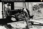 Afroameričtí námořníci sloužili během druhé světové války v segregovaných jednotkách, většinou v podřadných profesích. V Port Chicago nakládali na lodě zbraně a munici, když došlo k výbuchu