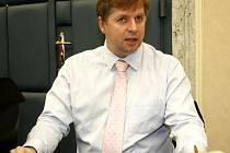 Petr Bendl na zasedání vlády 16. března 2009.