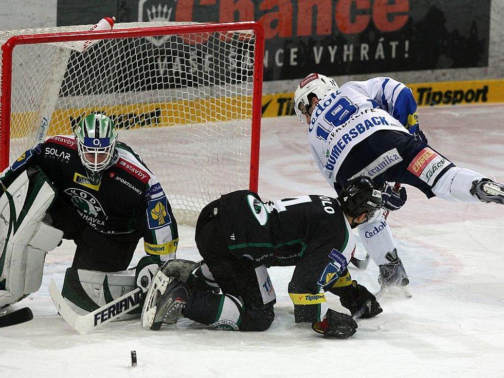 Mladoboleslavský gólman Marek Schwarz se v utkání proti Plzni nenudil.