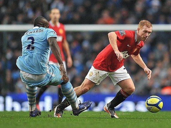 Do sestavy Manchesteru United se vrátil Paul Scholes.