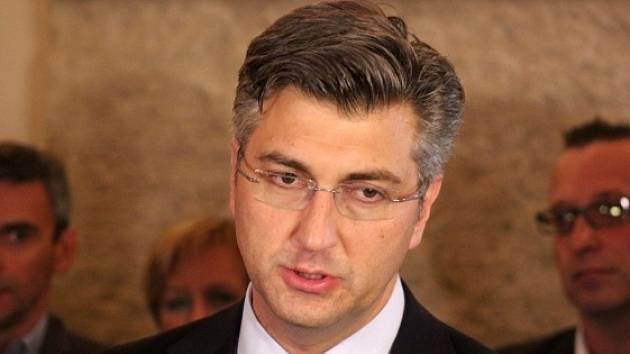 Andrej Plenković, šéf strany Chorvatské demokratické společenství (HDZ).