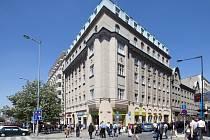 Dům na rohu Václavského náměstí a Opletalovy ulice neprohlásí za kulturní památku.