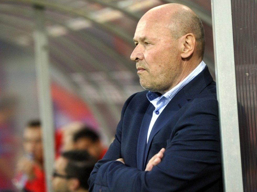 Trenér Miroslav Koubek při své premiéře na lavičce Plzně.