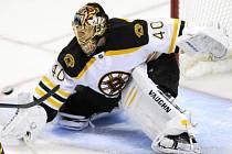 Finský brankář Tuukka Rask, který působí v Bostonu bude po dobu výluky v NHL hájit barvy Plzně.