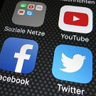 YouTube, Facebook i Twitter vyrazily do boje proti terorismu.