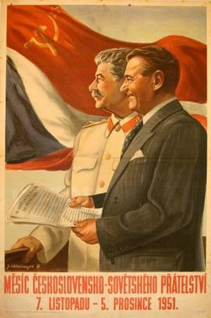 Klement Gottwald na plakátu oslavujícím československo - sovětské přátelství