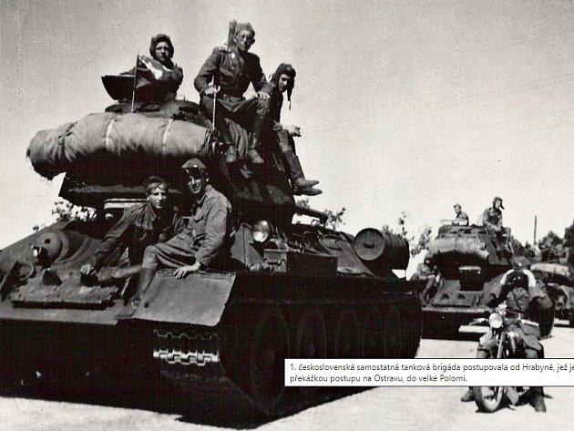 První československá tanková brigáda při postupu od Hrabyně směrem kOstravě.