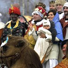 Příběh o narození Ježíše Krista 24. prosince v Měříně na Žďársku sehrálo přes šedesát herců. V inscenaci nechyběli koně, oslíci, velbloud, psi, ovce a husy. Letos se podruhé v sedmileté historii objevil i živý Ježíšek, v kožešinách zabalené nemluvně.