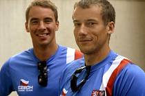 Kanoisté Jaroslav Radoň (vpravo) a Filip Dvořák.